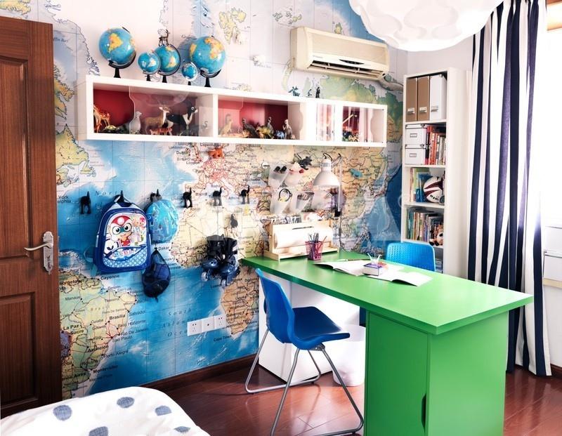 dünya haritalı genç odası