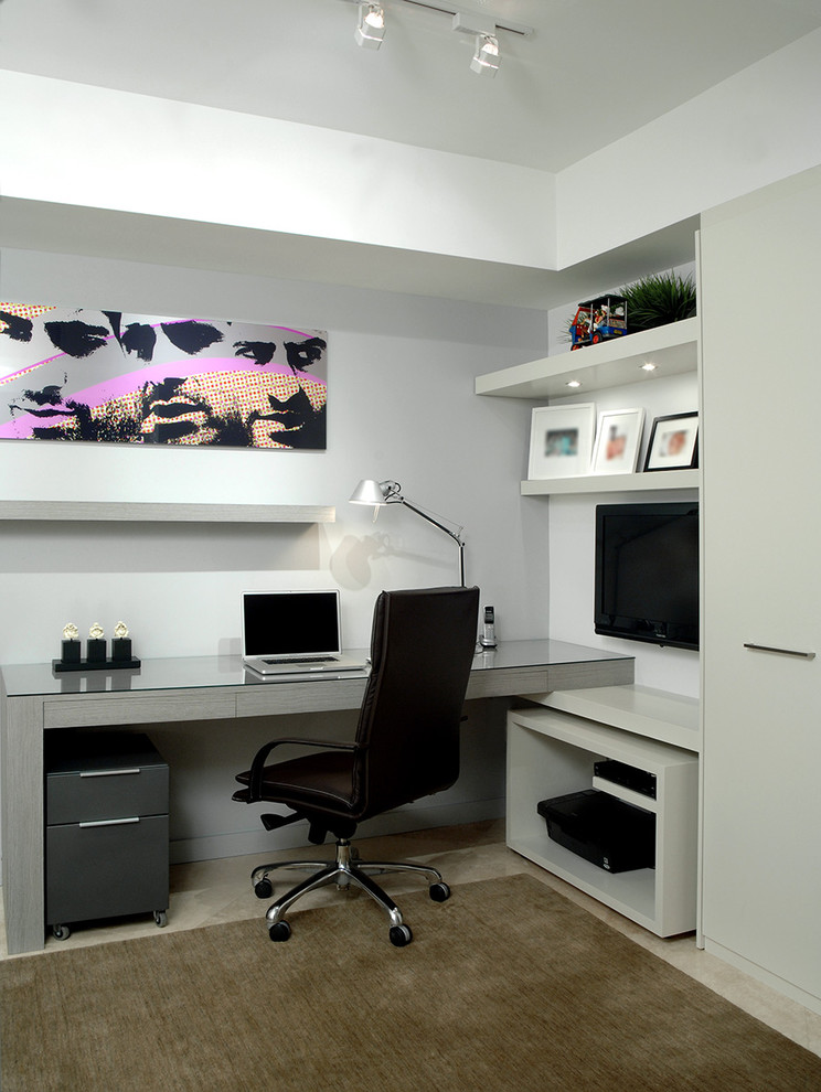 sade home office