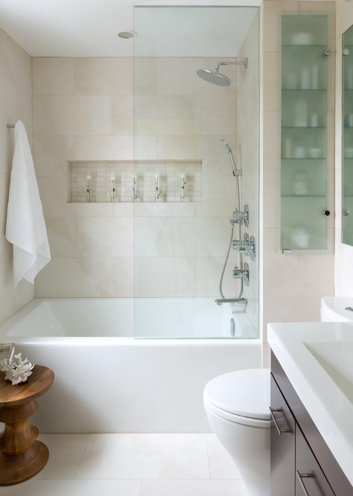 küçük duşakabin ve banyo