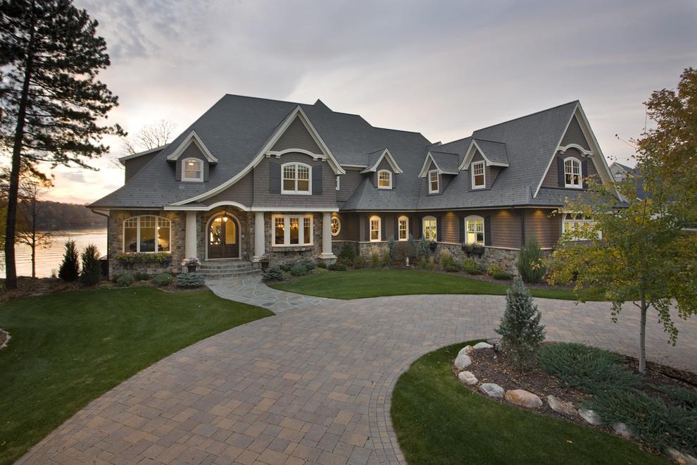 süper göl evi