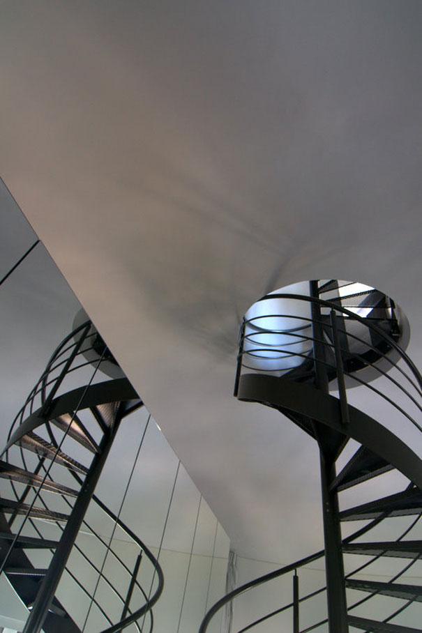 ilginç kule bina görüntüsü