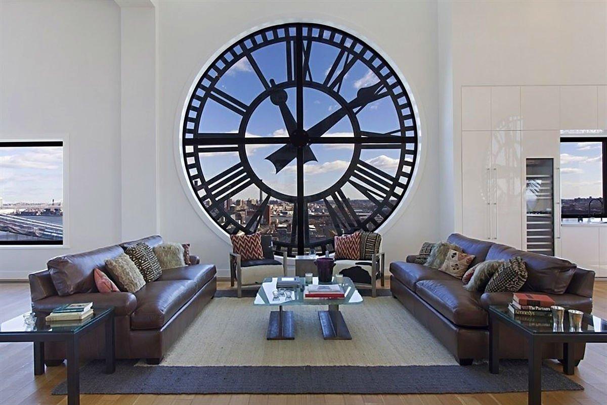 saat kulesindeki ev