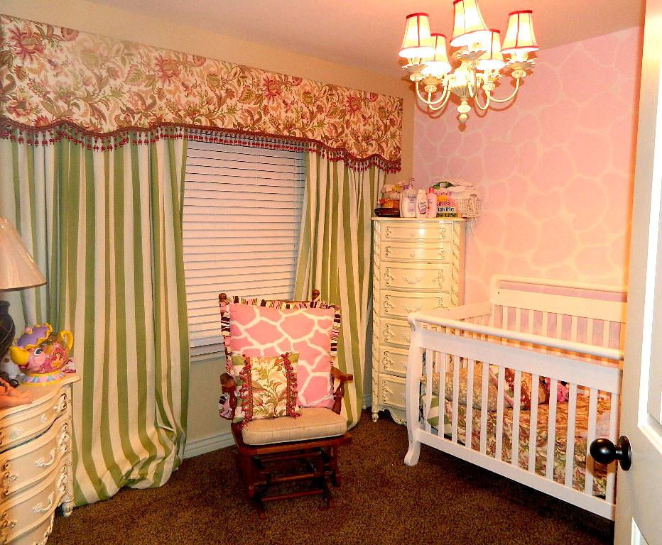 otantik bebek odası resmi