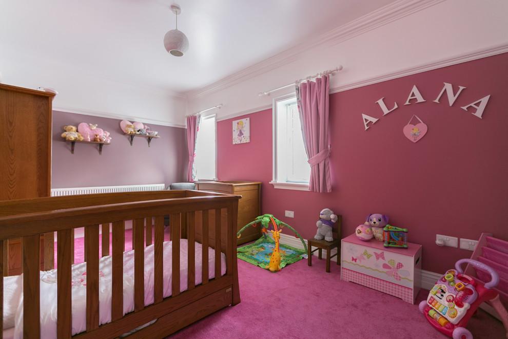 pembe bebek odası resmi