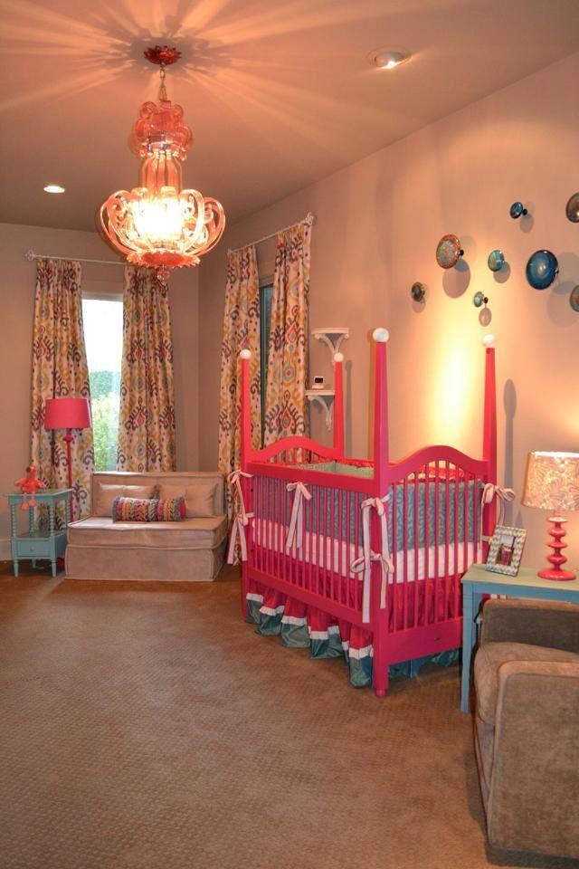 renkli bebek odası takımı