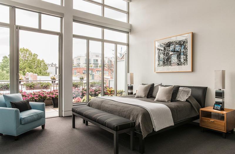 balkonlu yatak odası