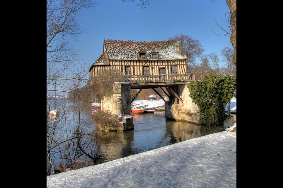 köprü evi