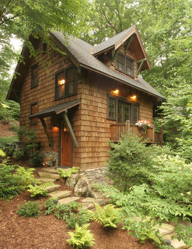 küçük ağaç ev