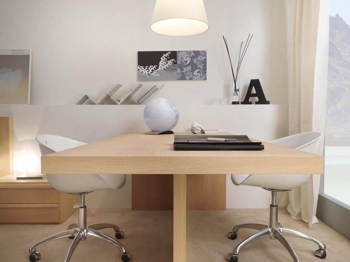 çalışma masası fotoğrafı