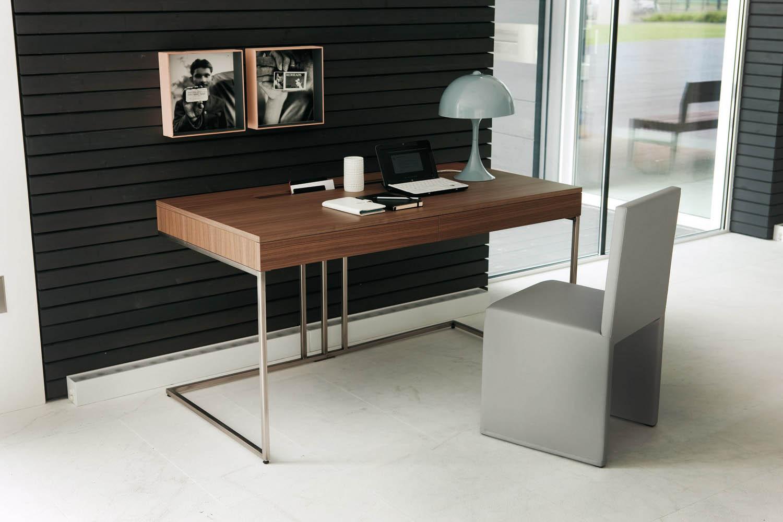 şık çalışma masası