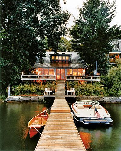 rustik göl evi