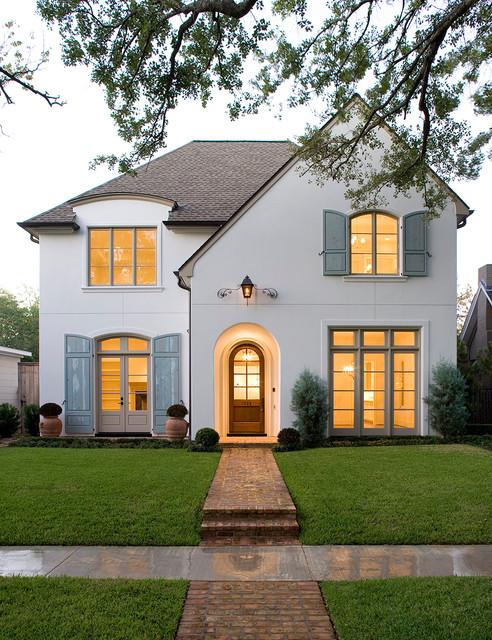 Güzel beyaz ev resmi