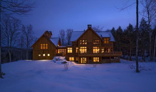 Büyük dağ evi