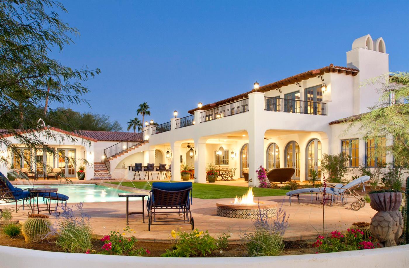 Büyük ev modeli