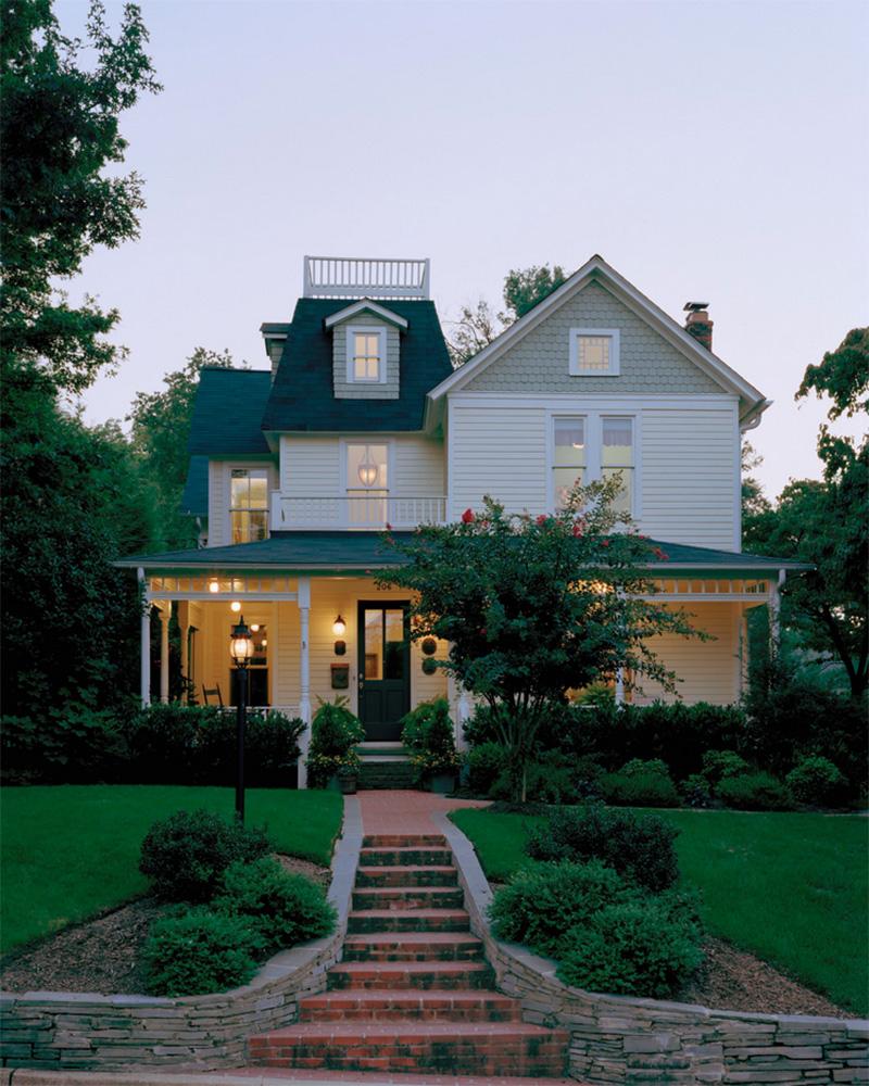 Beyaz ahşaplı ev tasarımı