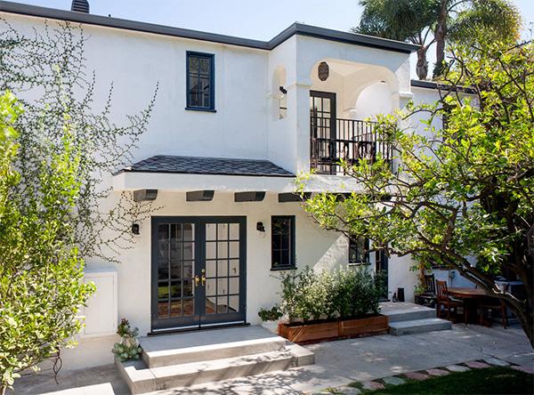 Beyaz ev tasarımı
