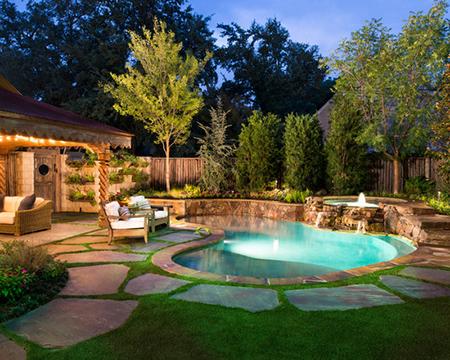 Doğal havuzlu ev