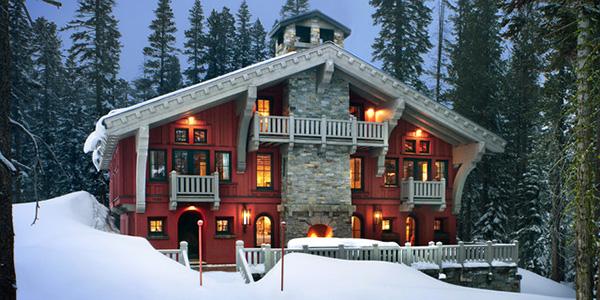 Kırmızı dağ evi