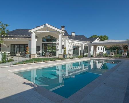 Lüks havuzlu ev