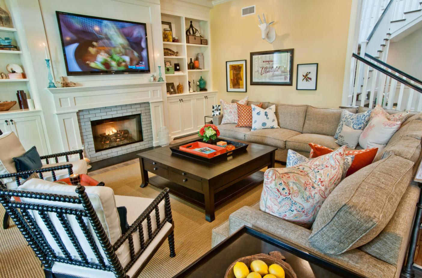 Rengarenk oturma odası modeli
