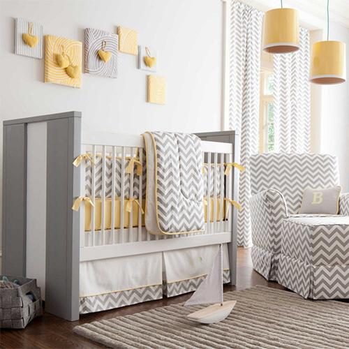 Sarı renkli bebek odası modeli