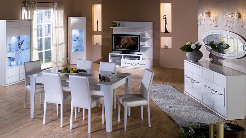 Beyazın şıklık ve sadeliğini simgeleyen ürün İstikbak Kristal Yemek Odası Takımı.