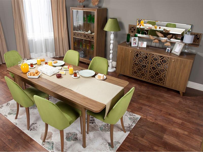Yeşil renkli yemek odası takımı; İstikbal Paula.
