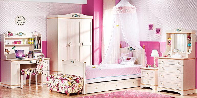 Genç bayanlar için çarpıcı bir genç odası modeli; Flora...