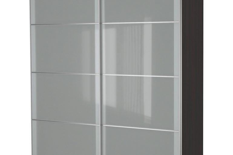 Modern evlerin klasik renklerinden grinin, modern bir gardrop derlemesi..
