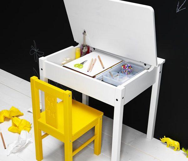 Üstü açılabilir modern çocuk masası tasarımı..