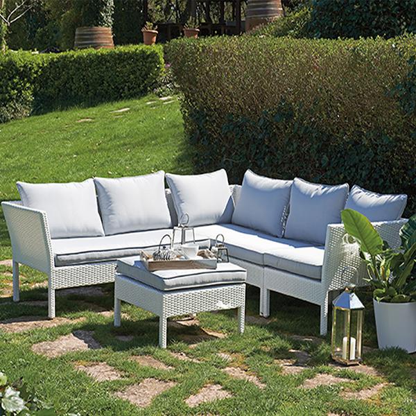 Bahçeniz için uygun beyaz köşe takımı..
