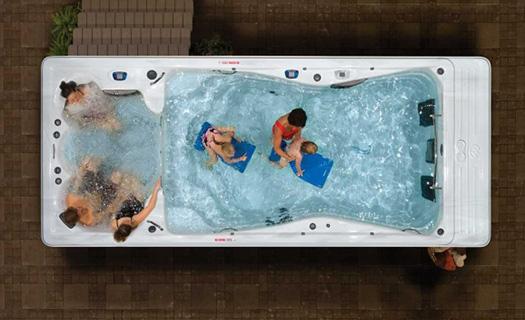 Bahçe için harici yüzme havuzu..