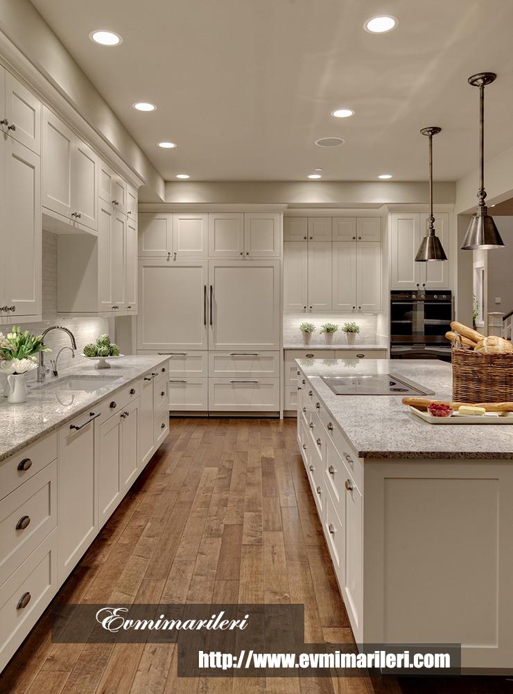 Şık beyaz mutfak modeli