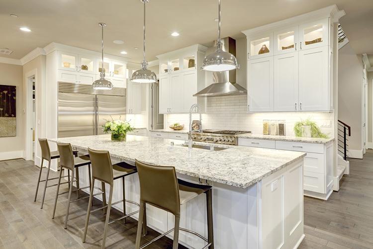 Konforlu beyaz mutfak tasarımları