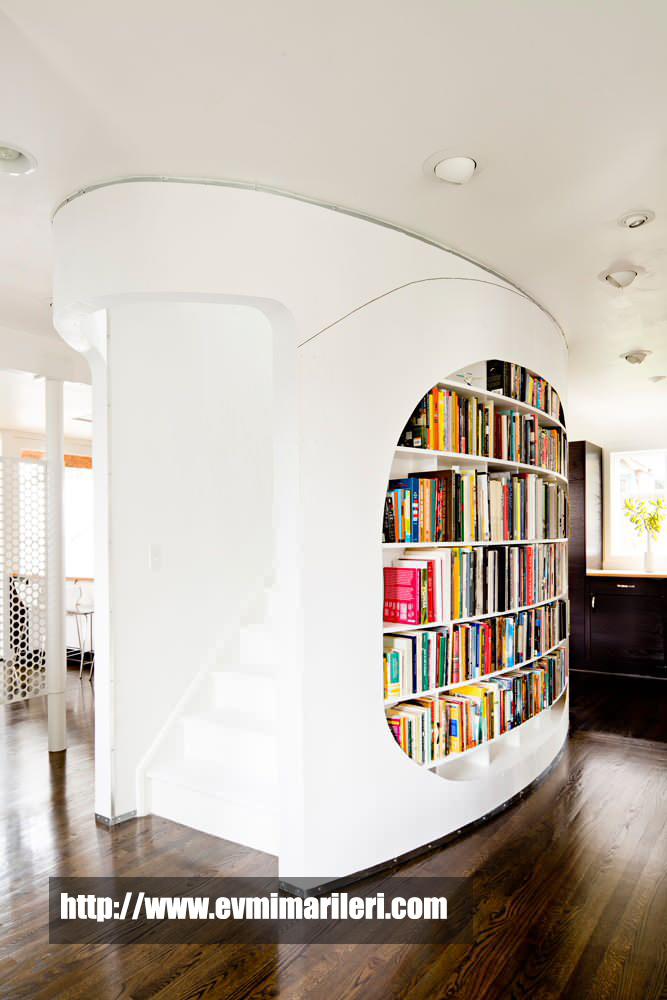 Merdivenlikli Kitaplık