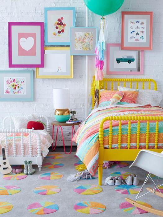 Rengarenk Kız Çocuğu Odası