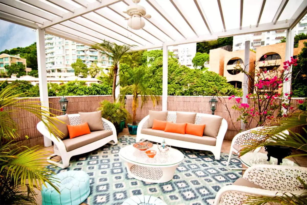 Fas usulü kapalı bir veranda fikri size iyi gelecek desek