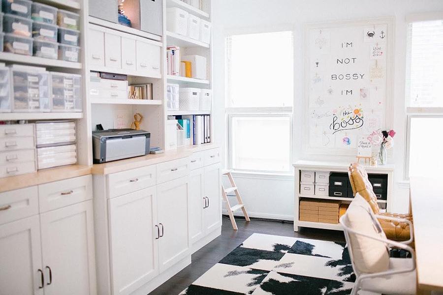 Odada İmkânınız Varsa Dolaplar Kurun. Ev Ofisinizi Düzenlemenin 9 Güzel Yolu