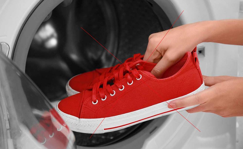Kanvas (bez) ayakkabılarınızda herhangi bir tür süet veya deri döşeme varsa, çamaşır makinesinde yıkanmamalıdır.. Bez Ayakkabılar Nasıl Temizlenir