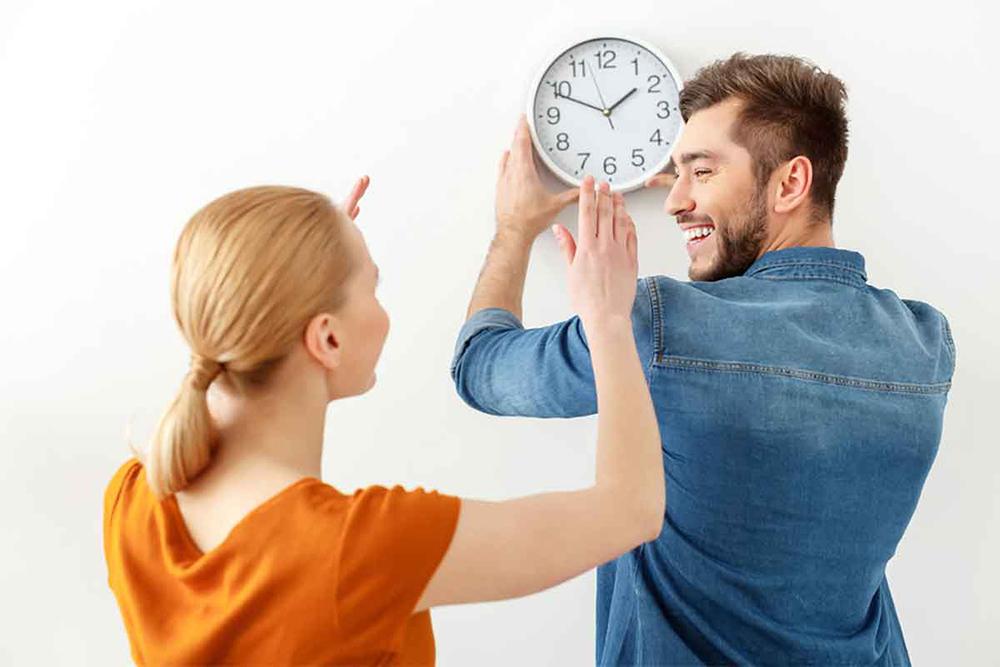Duvar Saati Yerleşimi. Yaşam Alanınız İçin Doğru Duvar Saati Seçimi