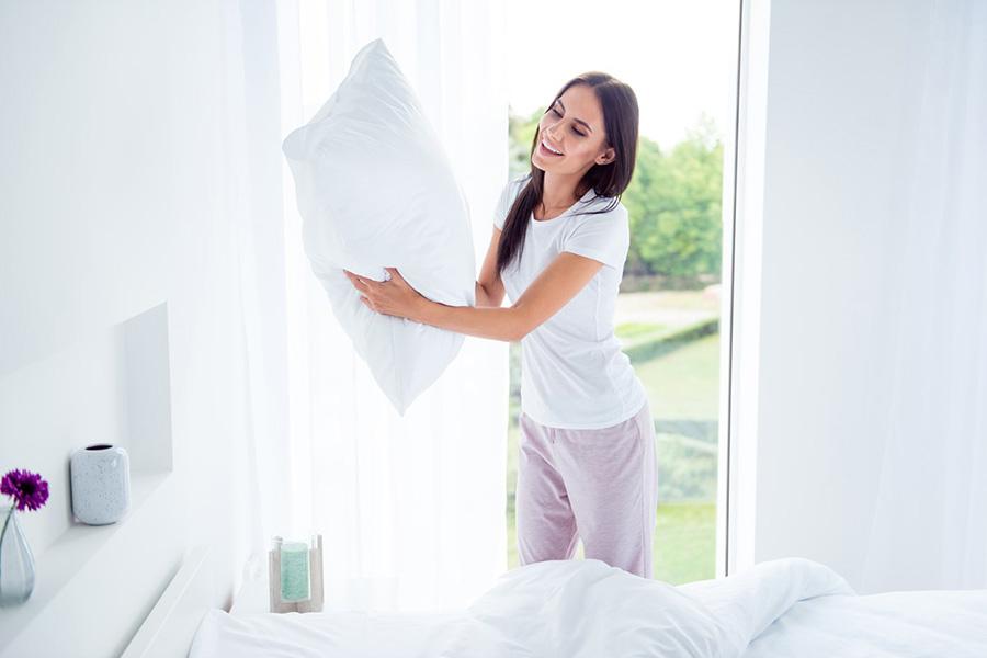Yastığınızda ve yastık kılıflarınızın altında yastık koruyucu kullanıyorsanız, muhtemelen sadece yılda üç kez yıkamanız yeterli olacaktır.