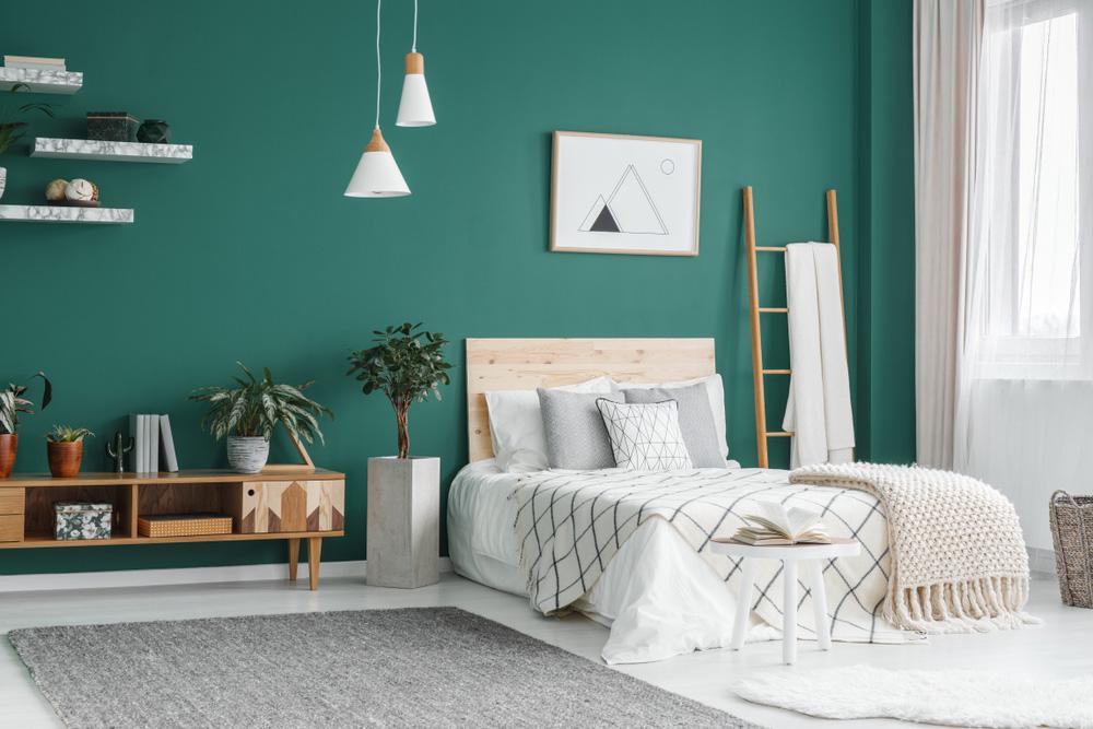 Yeşil Duvarlı Yatak Odası