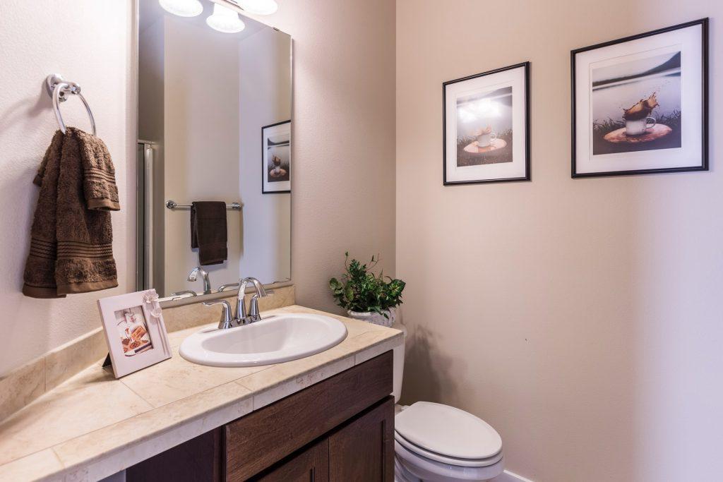 Penceresiz Banyolar için Aydınlık Fikirler