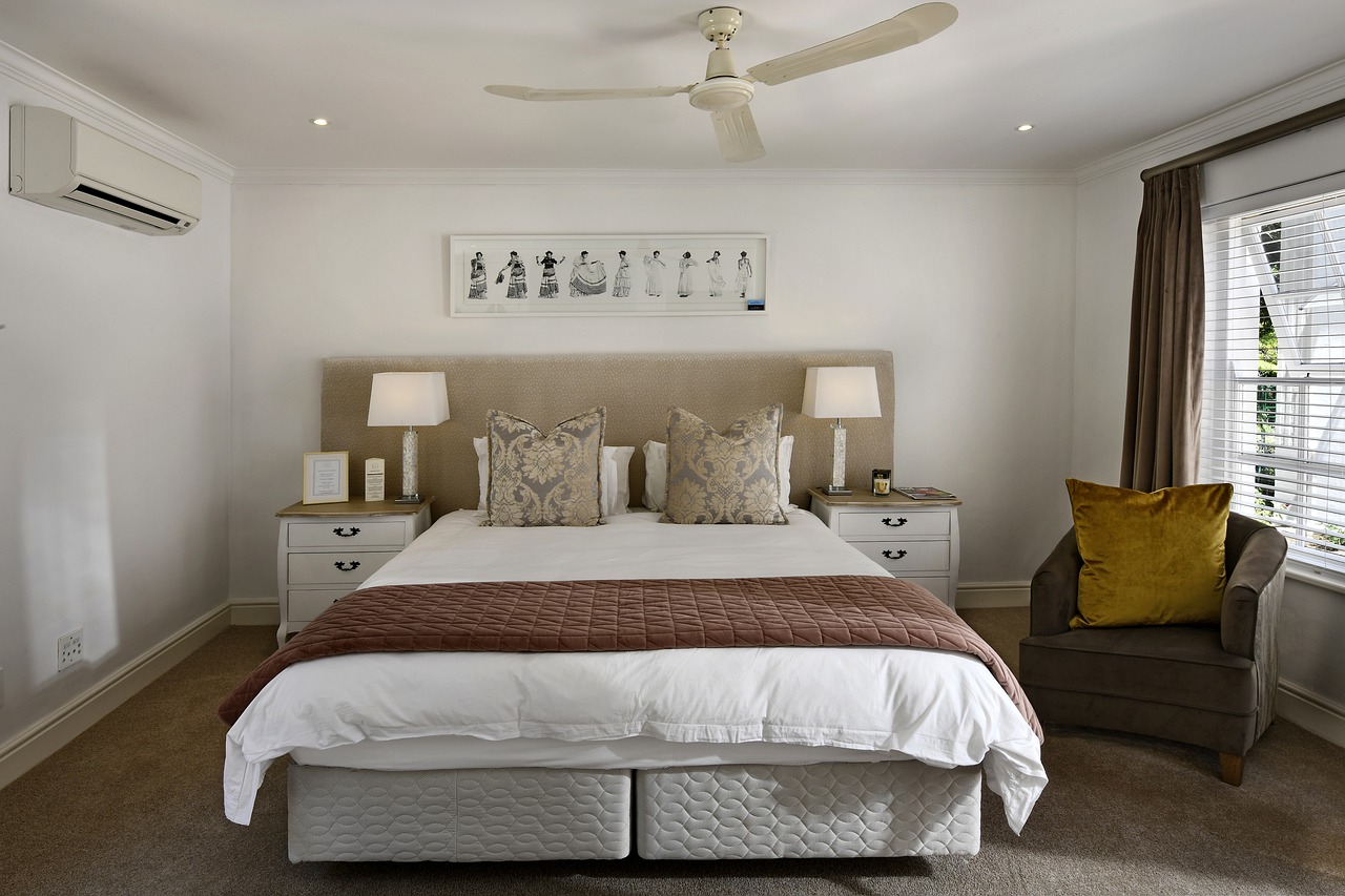 Geniş Yatak Odaları için Dekorasyon Fikirleri